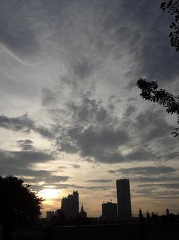 8.30*朝の新宿*5:46-51.2.jpg