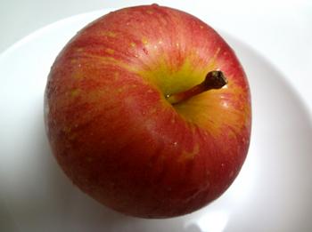 まあまあのリンゴ?28-298.jpg