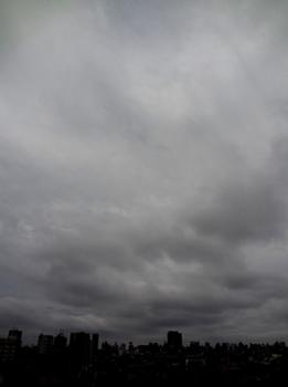 今日も曇空?28-298.jpg