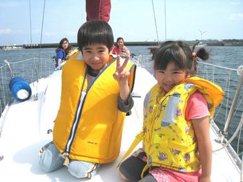 孫とヨット*39.jpg