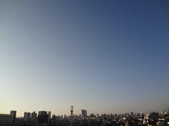 10.27*朝*28-298横.jpg