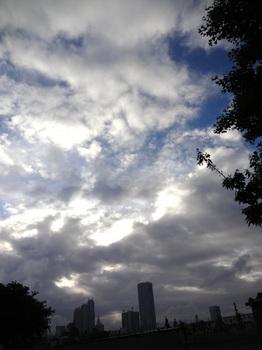 5.12*今朝の新宿*5:44*51.2.jpg