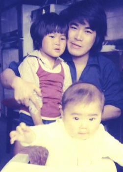 約40年前二人の息子と*192.jpg
